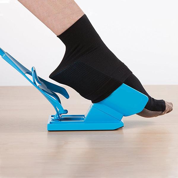 Navliekač a vyzuvák ponožiek – 1